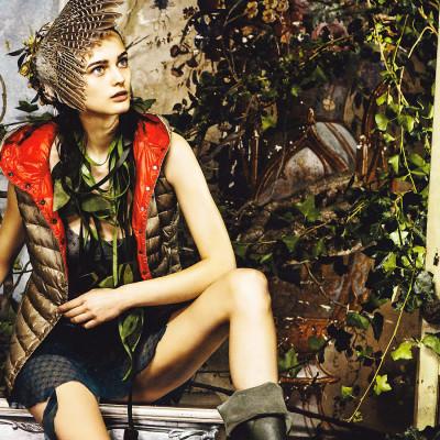 make-up-hair-stylist-women-duvetica